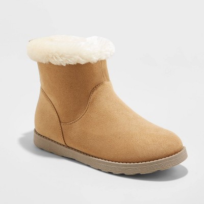 Girls Unisex Size Medium 4-5 White NWT! Details about  /Cat /& Jack Astronaut Boot Slippers Boys