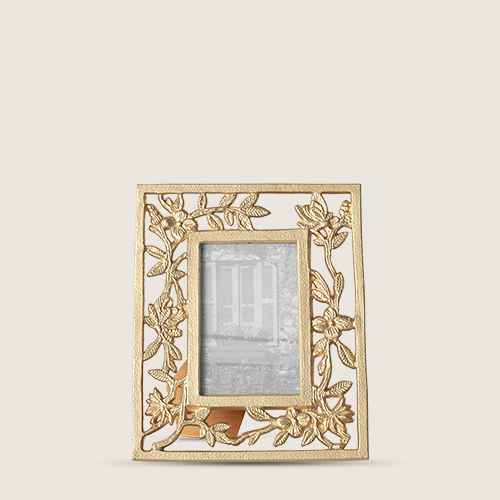 """4"""" x 6"""" Metal Feather Frame Light Gold - Opalhouse™"""