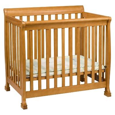 DaVinci Kalani 2-in-1 Mini Crib and Twin Bed - Oak