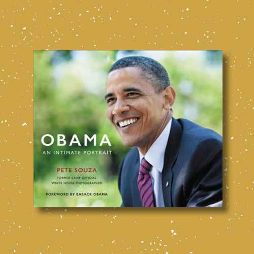 Obama : An Intimate Portrait: The Historic Presidency in Photographs (Hardcover) (Pete Souza)