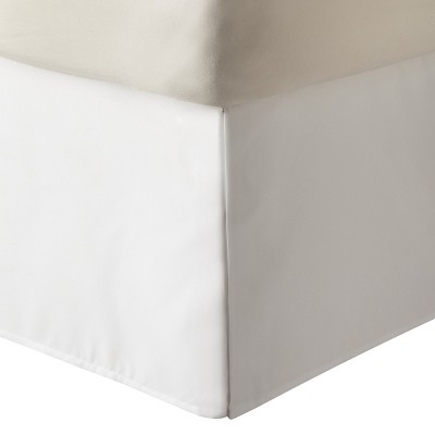 White Solid Bedskirt (Twin)- Room Essentials™
