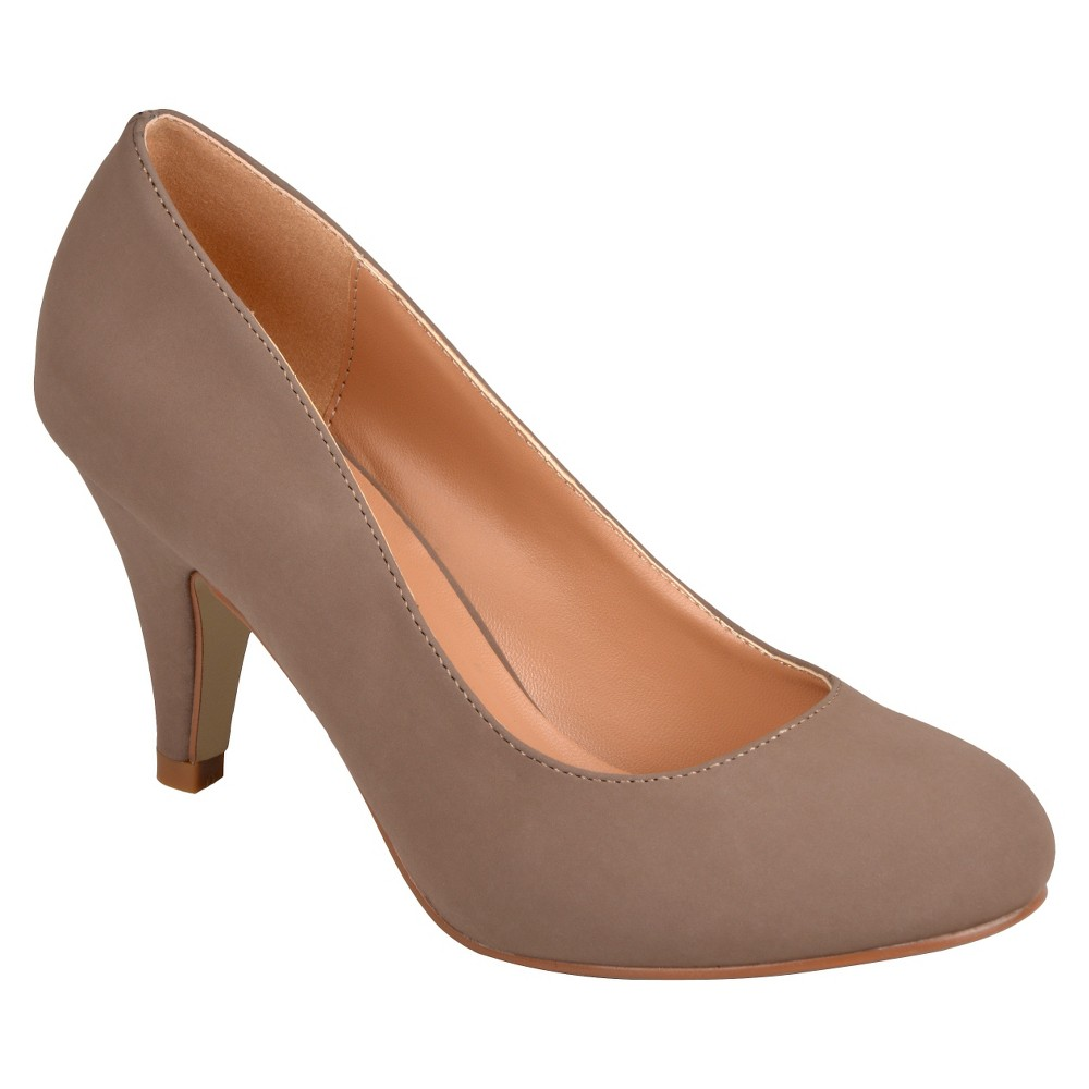 Womens Journee Collection Round Toe Solid Color Pumps - Taupe Brown 9
