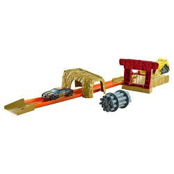 Hot Wheels Bulldoze Blast Trackset
