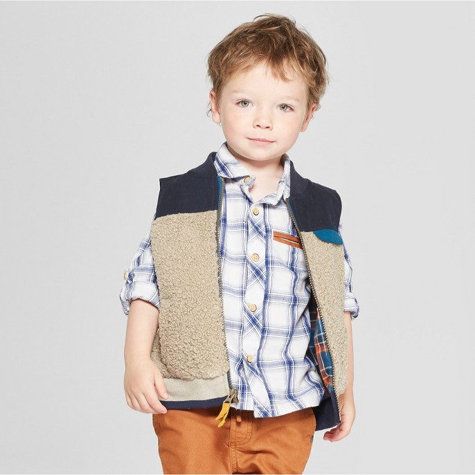 Genuine Kids® from Oshkosh Toddler Boys' Sherpa Vest - Cream/Navy