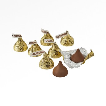HERSHEY'S KISSES Milk Chocolates with Almonds Gold - 66.7oz
