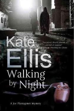 Walking by Night (Large Print) (Hardcover) (Kate Ellis)