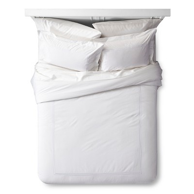Classic Hotel Comforter Set (Queen)White 3pc - Fieldcrest™