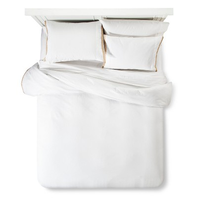 Modern Hotel Duvet & Sham Set Queen - White & Tan - Fieldcrest™