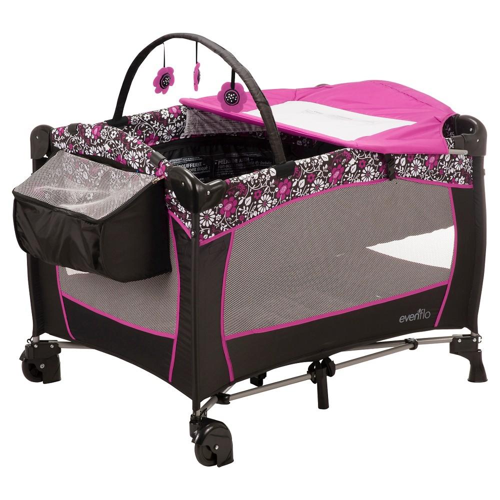 Evenflo Portable BabySuite Deluxe Playard, Daphne