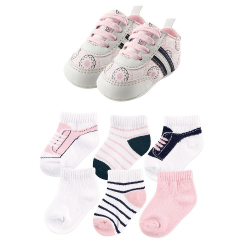 Yoga Sprout Baby Girls' 7 Piece Shoes & Socks Gift Set - Ornamental - image 1 of 1