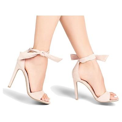 Women's Betseyville Biebie Quarter Strap Sandals - Blush 9