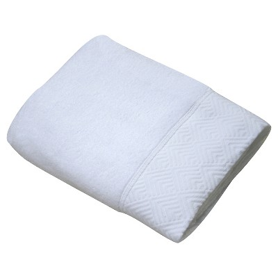 Echo Matelesse Bath Towel - White - Fieldcrest™