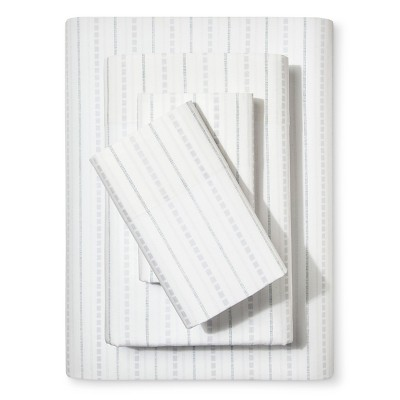 Southern Pass Striped Sheet Set (Queen)Indigo - Beekman 1802 FarmHouse™