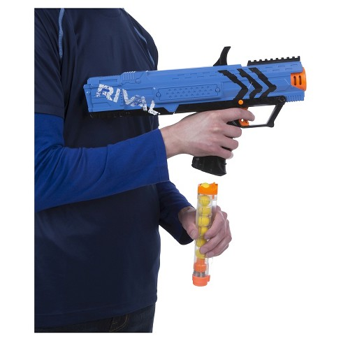 Billed as the highest capacity Nerf gun ever created, the new N-Strike  Elite Hail-Fire Blaster can hold eight eighteen shot clips, putting 144  darts at your ...