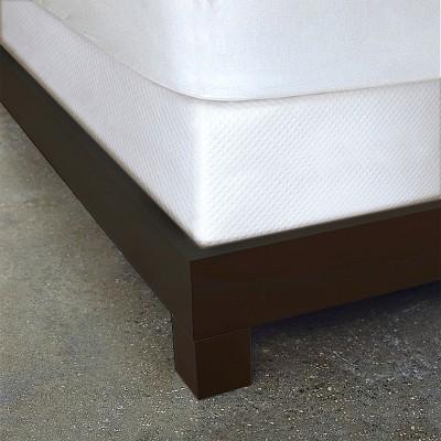 White Diamond Matelassé Bed Skirt (King)- Dreamspace®