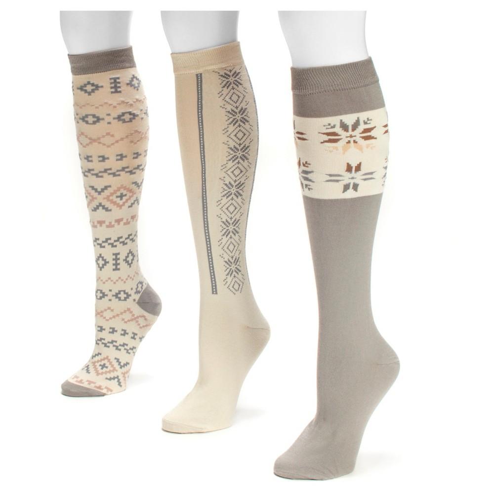 Muk Luks Womens 3 Pair Pack Jacquard Knee High Socks - Ivory One Size, White