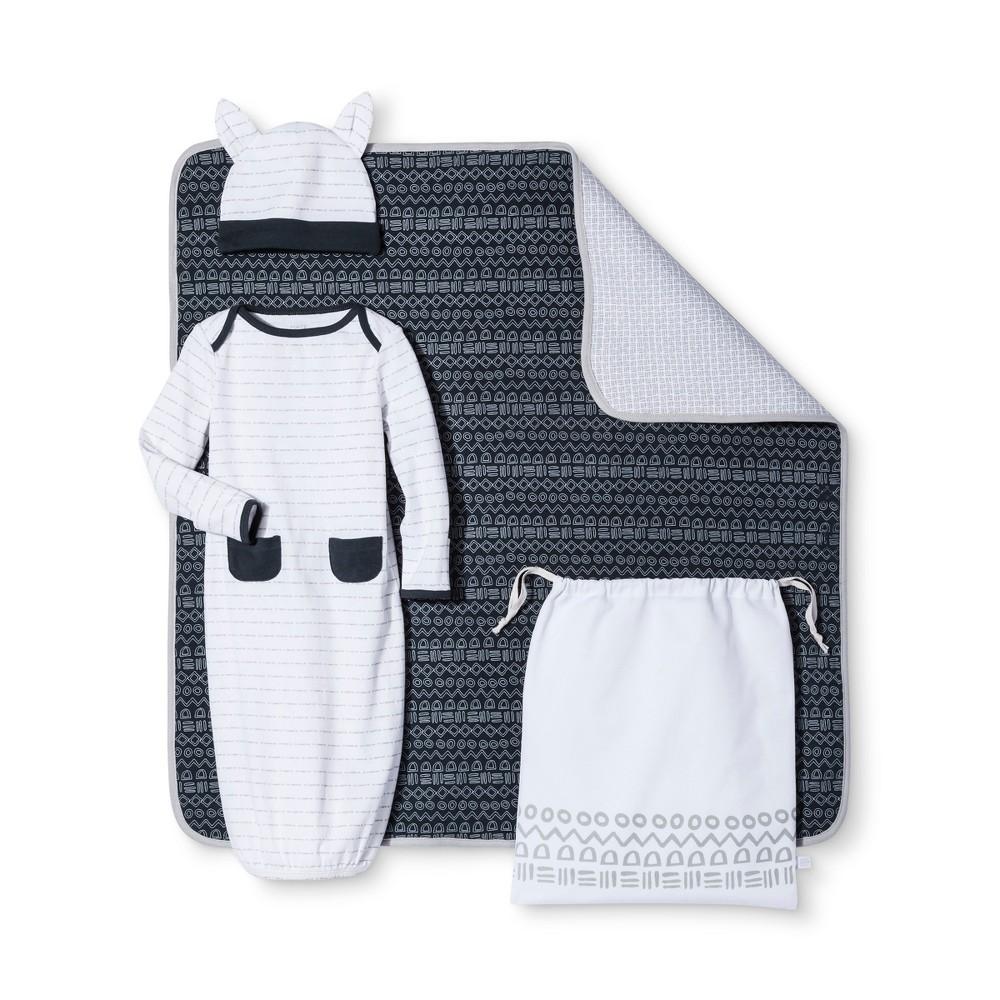 Baby Boys' 4-Piece Gown, Hat, Blanket & Bag Set Nate Berkus – Graphite/White 0-3M, Infant Boy's, Size: 0-3 M, Blue