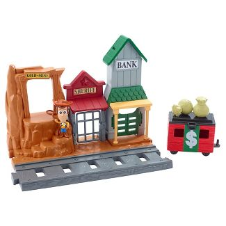 Disney Toy Story Western Adventure Minis Playset with Woody Figure