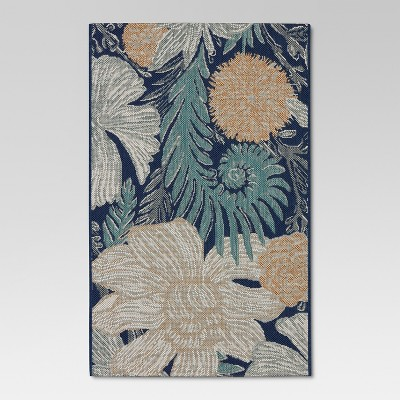 5'x7' Outdoor Rug - Woodcut Floral - Threshold™