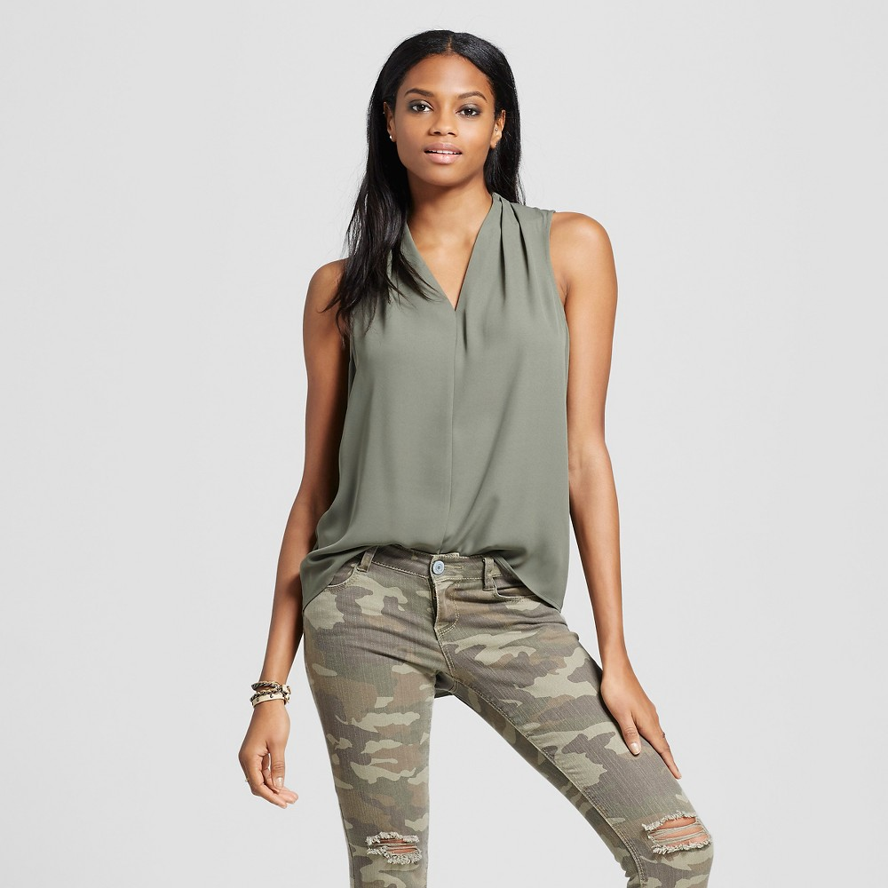 Womens Sleeveless V-Neck Blouse Olive Green L - Mossimo