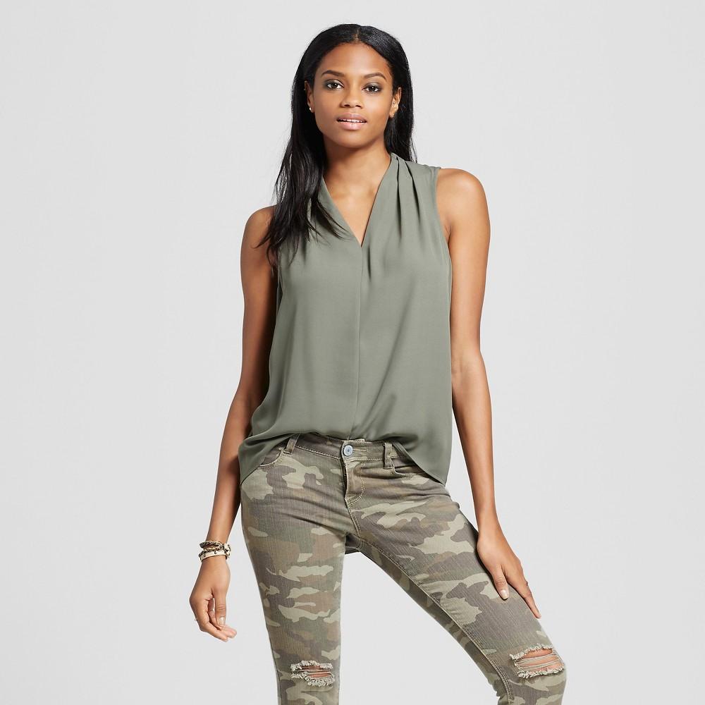 Womens Sleeveless V-Neck Blouse Olive Green XL - Mossimo