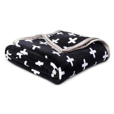Plus Sign Plush Blanket (Full/Queen)Black & White - Pillowfort™