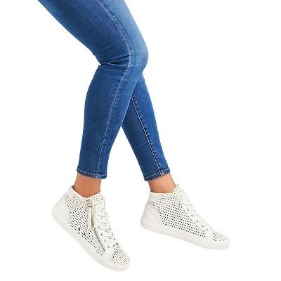 Women's dv Ruth Slip On Sneakers - White 9