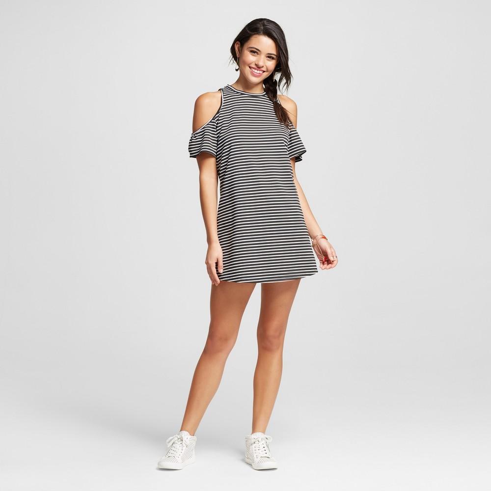 Women's Stripe Cold Shoulder Dress Black/White S – 3Hearts (Juniors')