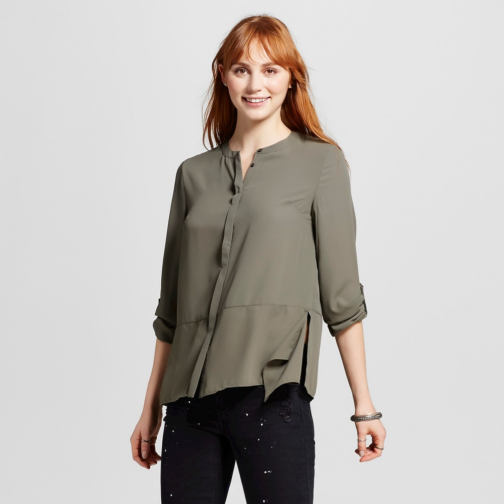 Women's Convertible Sleeve Sharkbite Woven Top Olive Green L – Mossimo