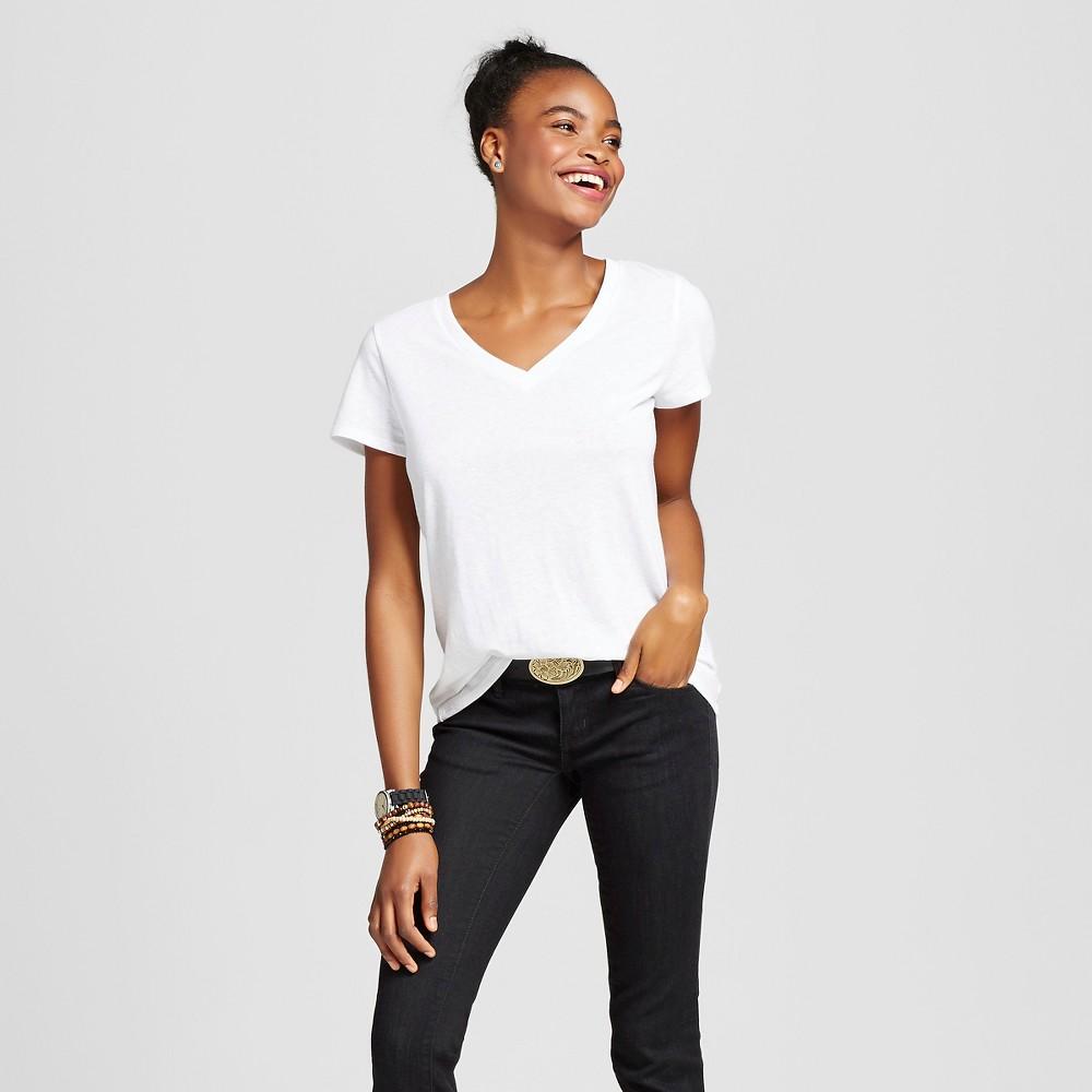 Women's Short Sleeve Relaxed V-Neck T-Shirt White Xxl - Mossimo Supply Co.