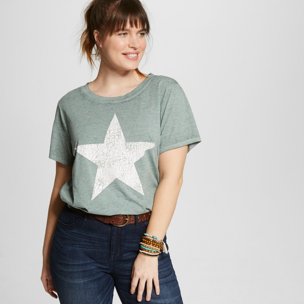 Womens Plus Size Distressed Star Graphic T-Shirt Green 1X - Modern Lux