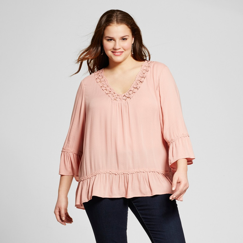Women's Plus Size Crochet Trim Woven Blouse Pink 3X – Born Famous (Juniors')