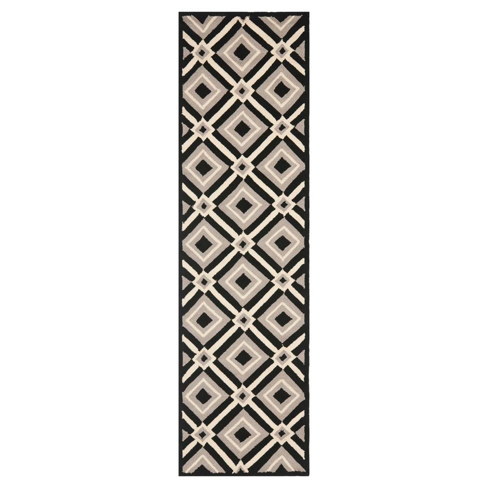 Black/Grey Abstract Hooked Runner – (2'3×6′) – Safavieh