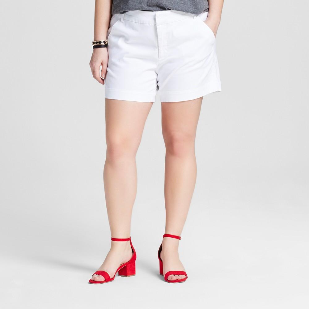Womens Plus Size 5 Chino Shorts - Ava & Viv White 16W