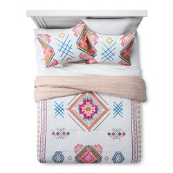 Kilim Pattern Comforter Set - Xhilaration™