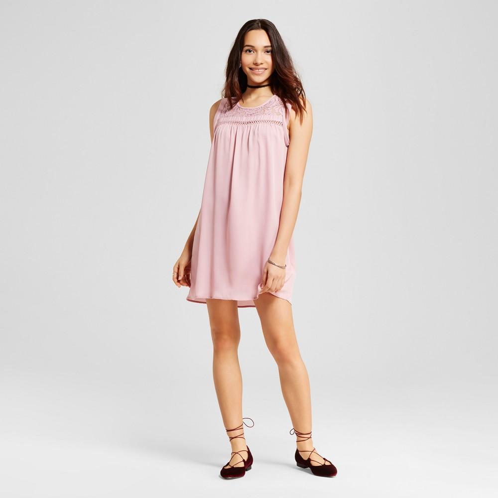 Womens Lace Yoke Sleeveless Shift Dress - Almost Famous (Juniors) Mauve L, Purple