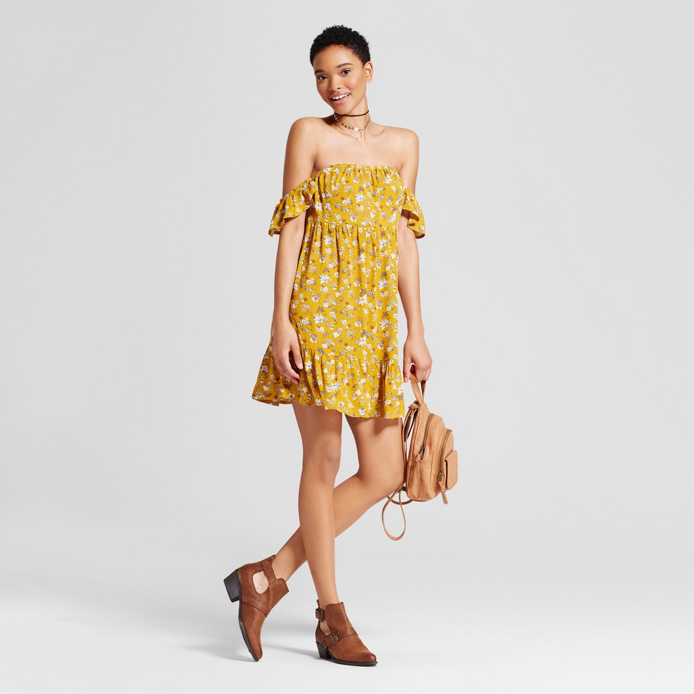 Womens Off the Shoulder Tiered Ruffle Dress - Mossimo Supply Co. Yellow Floral M