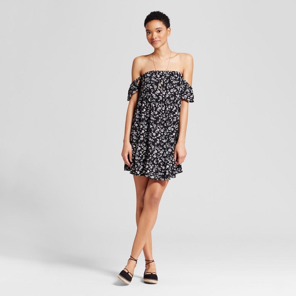 Women's Off the Shoulder Tiered Ruffle Dress - Mossimo Supply Co. Black Floral M