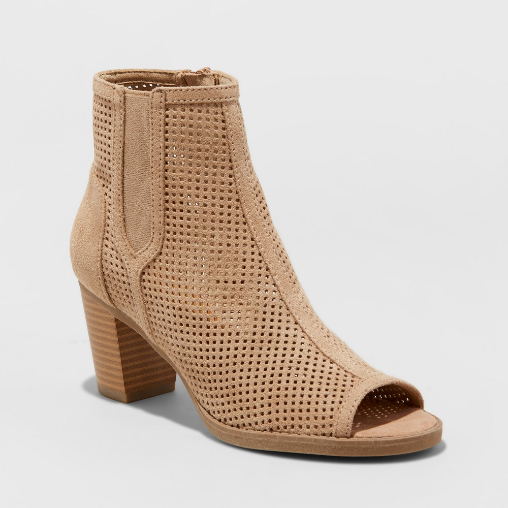Womens Mad Love Carley Laser Cut Booties - Taupe Gray 9.5, Brown