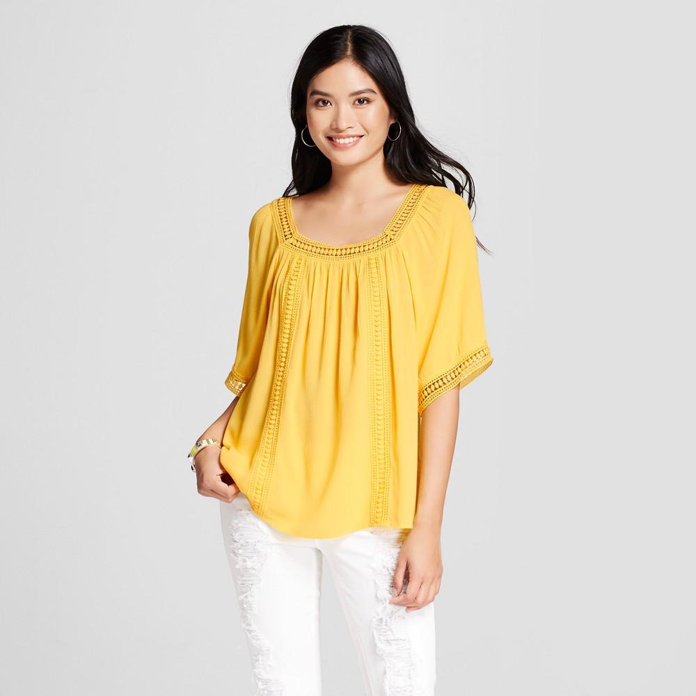 Women's Short Sleeve Peasant Blouse with Crochet Detail – Yellow XL – JohnPaulRichard