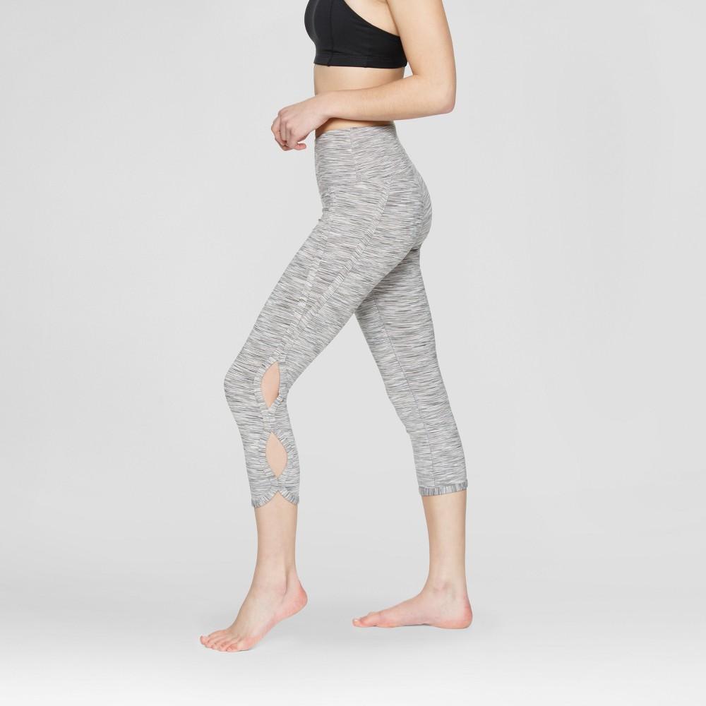 Velvet Rose Women's Cut Out Capri Leggings - Beige XL