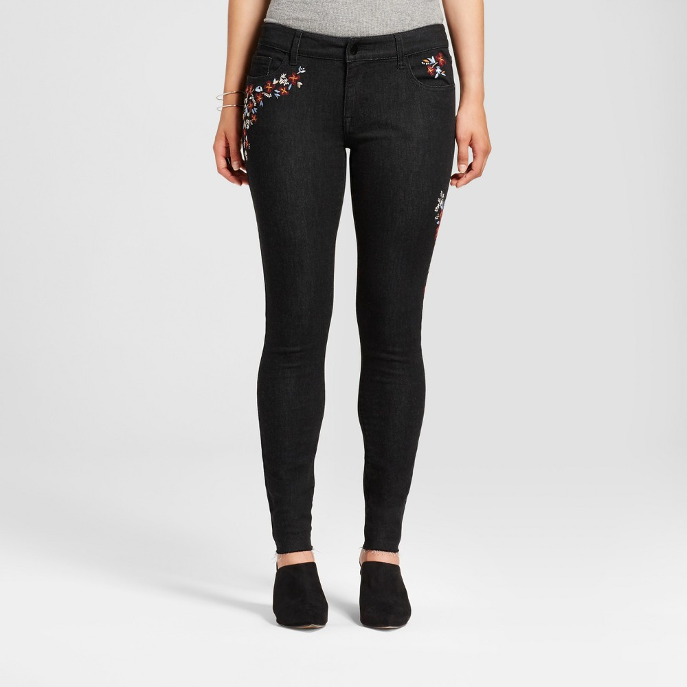 Womens Curvy Floral Embroidered Skinny Jeans - Mossimo Black 14