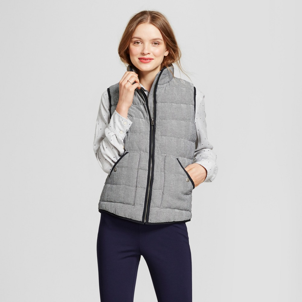 Womens Herringbone Quilted Puffer Vest - A New Day Black XS