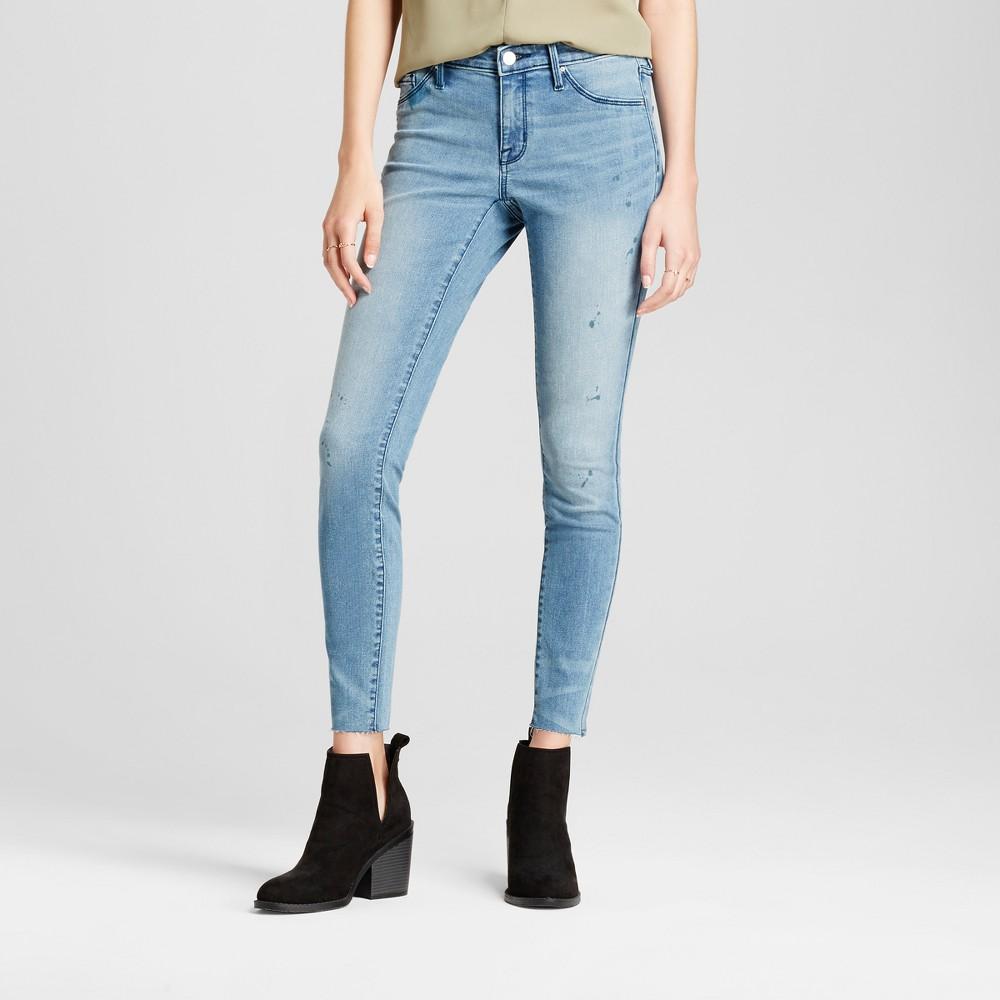 Womens Jeans Mid Rise Knee Slits Raw Hem Jeggings - Mossimo Light Wash 4 Long, Blue