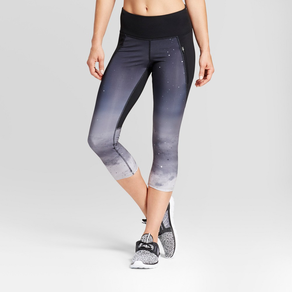Womens Embrace Run Capri Leggings - C9 Champion - Gray/Gradient Stars Print L