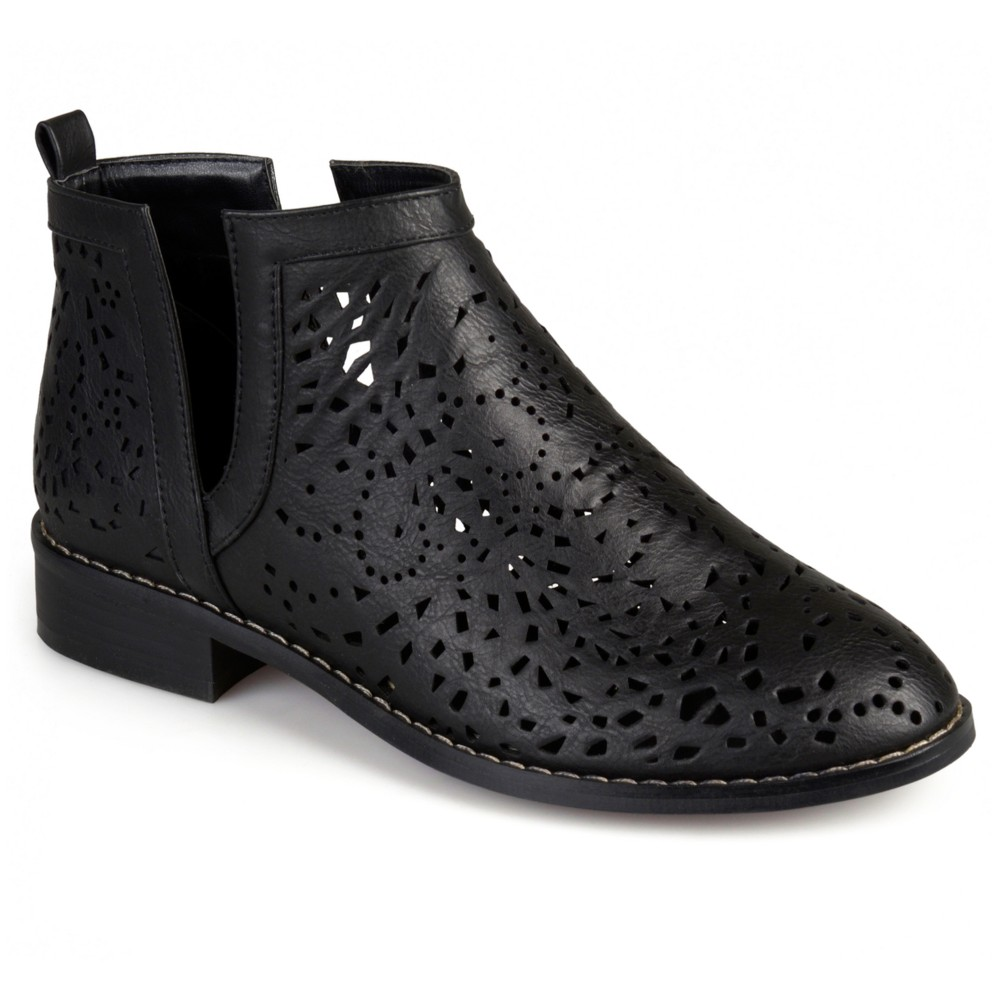 Womens Journee Collection Payton Laser Cut Stacked Heel Booties - Black 10