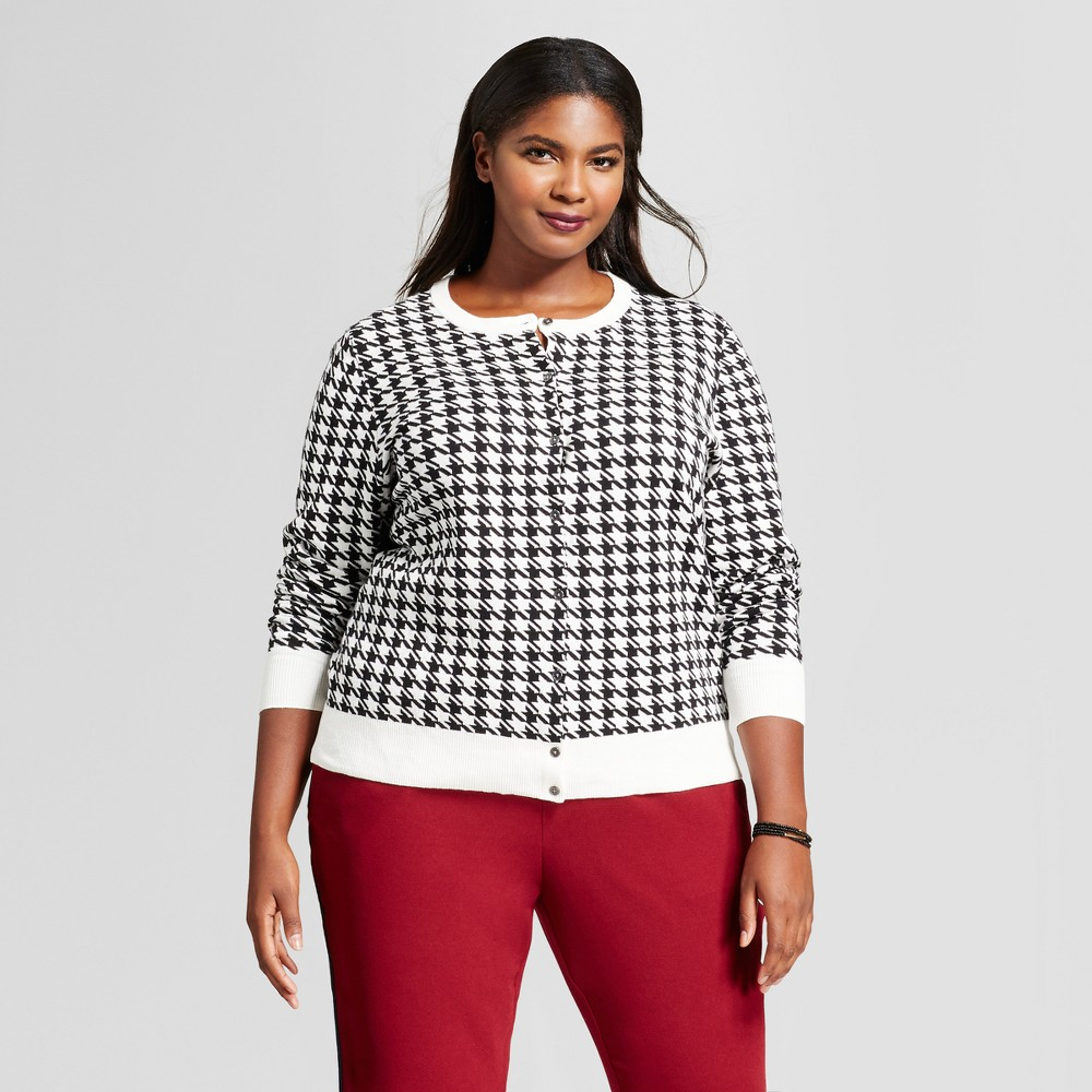 Womens Plus Size Houndstooth Print Any Day Cardigan - A New Day Cream/Black X, Beige