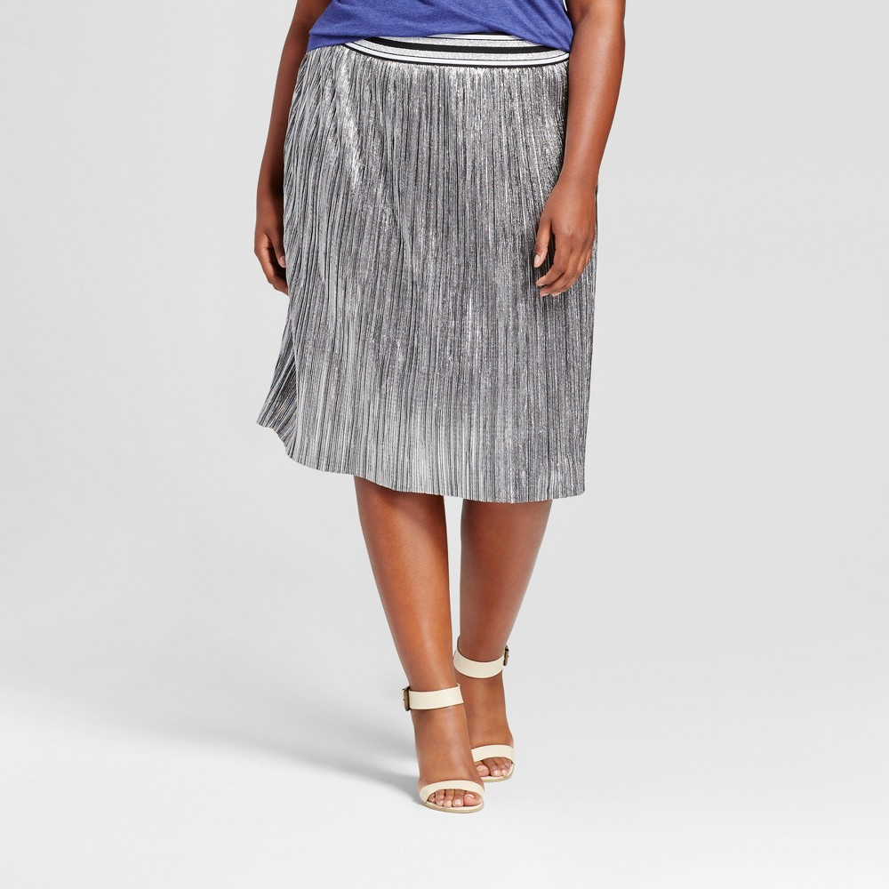 Women's Plus Size Pleated Metallic Skirt - Ava & Viv Silver 1X