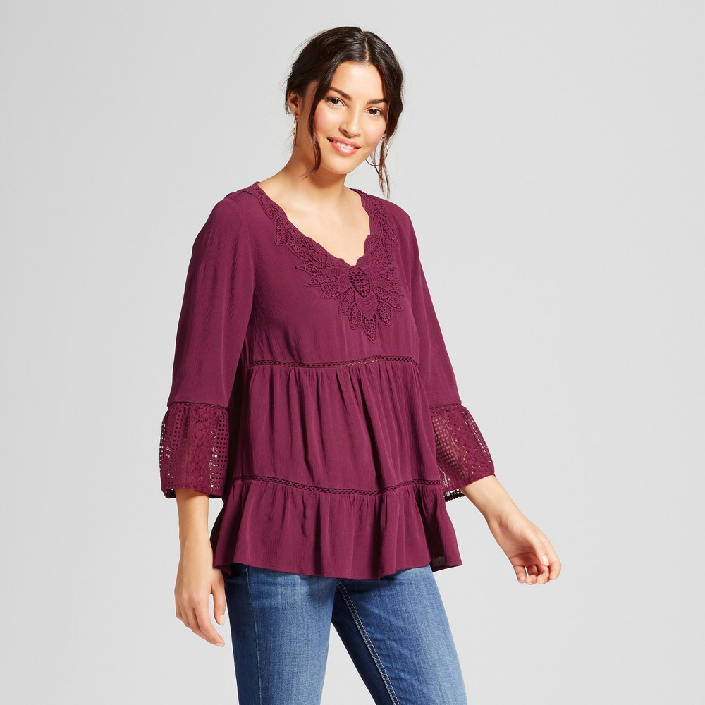 Womens Tiered Lace Bell Sleeve Top - Knox Rose Merlot L, Purple