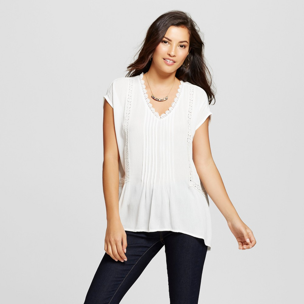 Womens Woven Boxy Top with Crochet Insets - August Moon - White L